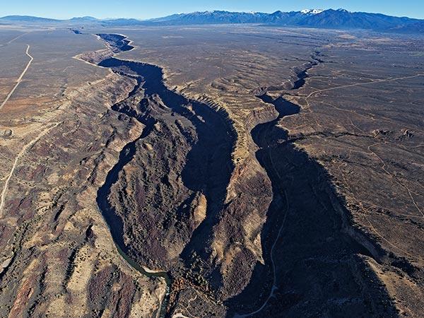 Servilleta-basalt-promonotory-rio-grande-gorge-adriel-heisey