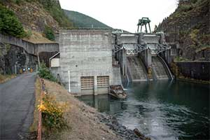 Dam-pc-Conrad-Gowell.jpg