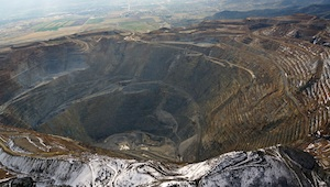 Rio Tinto Kennecott Copper Mine Utah pc EcoFlight